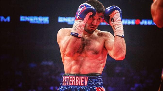 Бетербиев нокаутировал Гвоздика и объединил два титула чемпиона мира