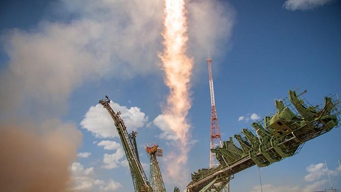 Одобрен эскизный проект российской сверхтяжелой ракеты для полетов на Луну