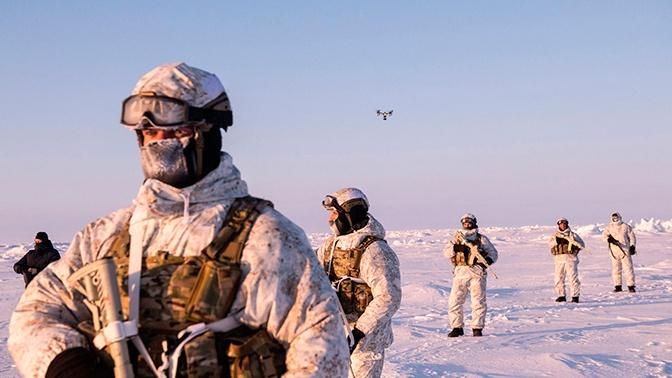 Постпредство РФ при НАТО посоветовало альянсу купить учебники вместо арктической формы