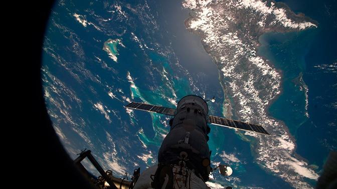 «Сидим на МКС, вдруг стук снаружи»: Романенко рассказал о случае в космосе
