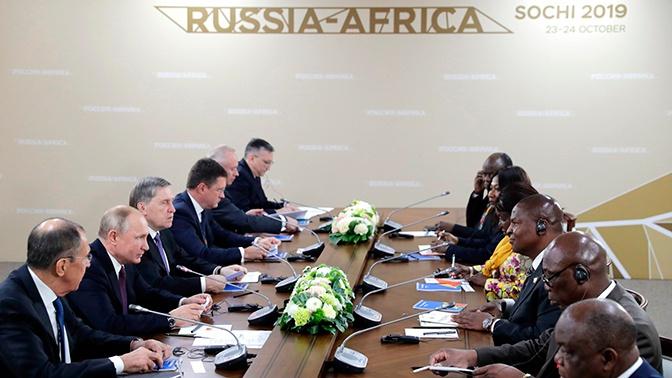Путин не обсуждал с президентом ЦАР создание российской военной базы
