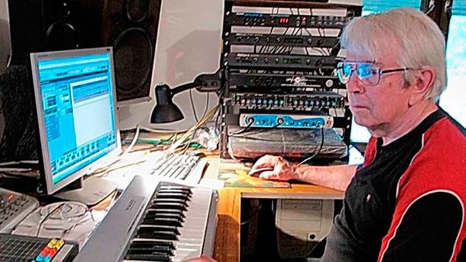 Создатель «Голубого огонька» умер в своей студии