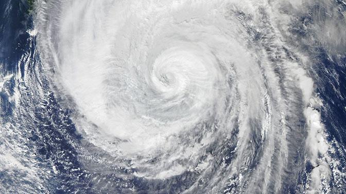Два тропических шторма сформировались в Атлантике