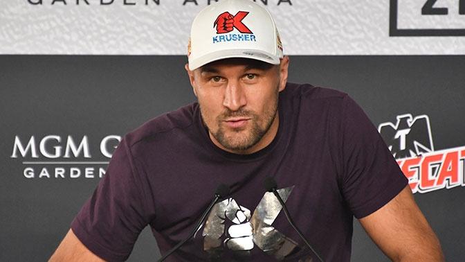 «Я устал»: Ковалев объяснил, почему проиграл Альваресу