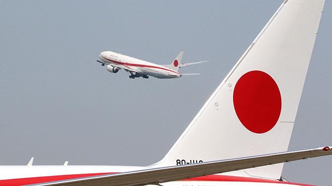 В самолете премьера Японии произошел пожар