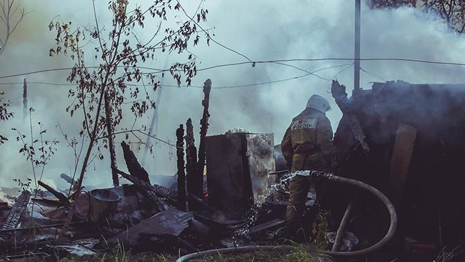 СМИ: в Хакасии начальник пожарной части тренировал подчиненных, поджигая дома