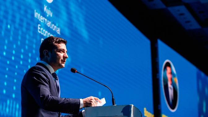 Ракетный двигатель и компакт-диск: Зеленский раскрыл «достижения украинцев»