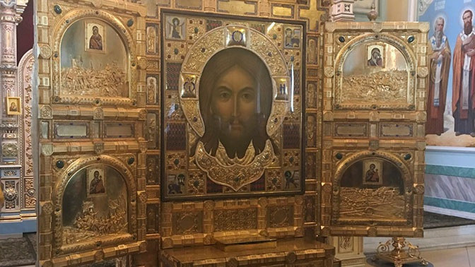 Икону «Спас Нерукотворный» доставили на Сахалин