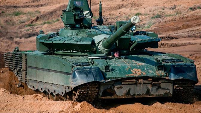 Танковый батальон СФ перевооружен на танки Т-80БВМ
