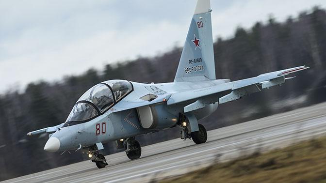 Учебно-боевой самолет Як-130 впервые представят в Дубае