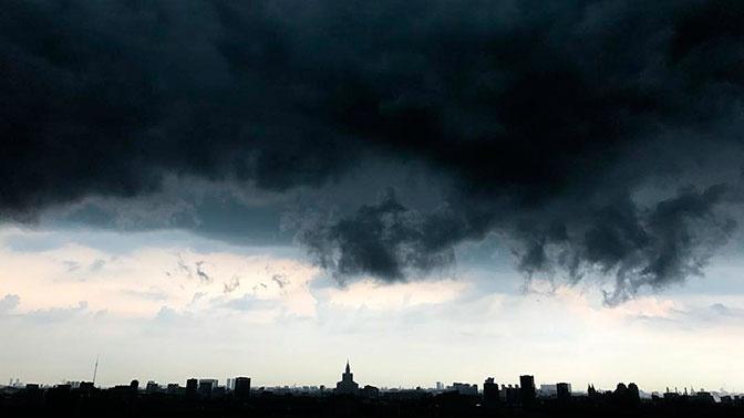 Синоптики прокомментировали информацию о торнадо в Москве