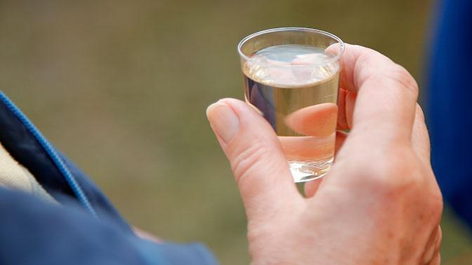 Ученые нашли способ борьбы с алкогольным поражением печени