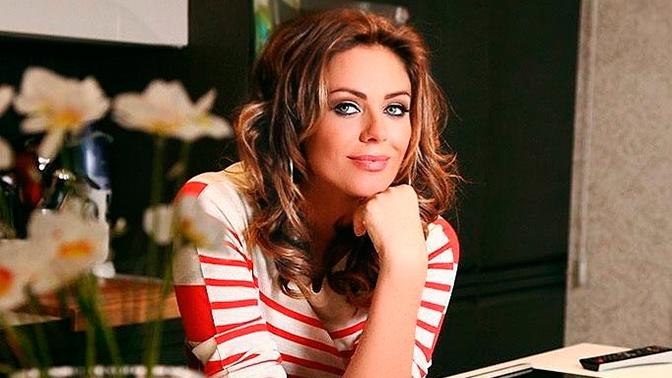 «До глубины души»: мать Юлии Началовой обратилась к поклонникам певицы