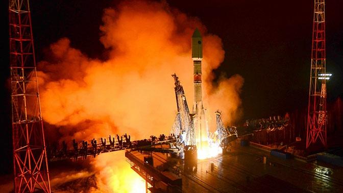 Готовность 99%: кадры финальной сборки ракеты «Союз-2»