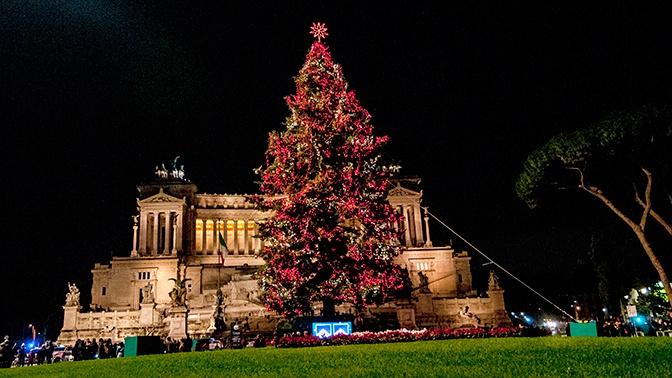 Названы самые дешевые направления для путешествий в Рождество