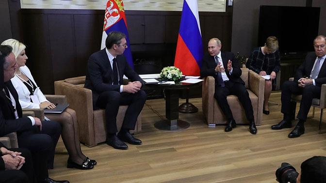 Путин заявил о готовности поддержать возможные компромиссные решения косовского кризиса