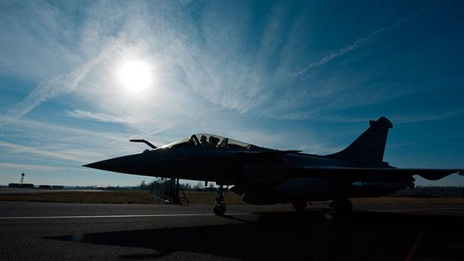 «Вкладываем каждый доллар»: глава Пентагона признал отставание от России в гиперзвуковом оружии