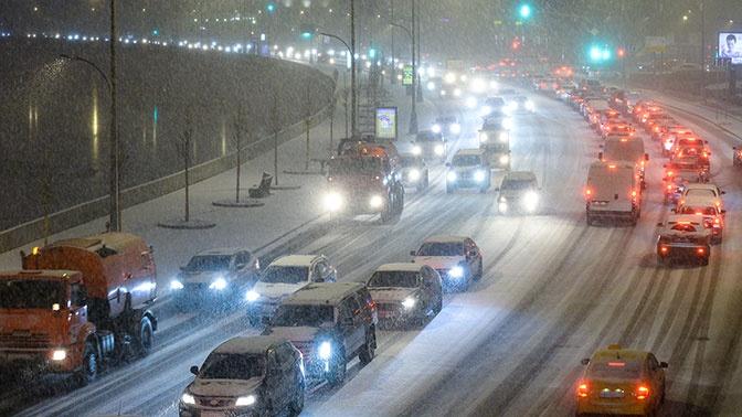 В ЦОДД предупредили о сильных пробках в Москве вечером во вторник