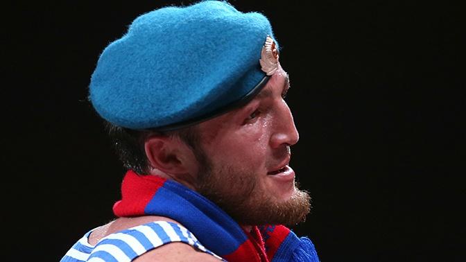 «Зачем народ смешить»: Лебедев планирует завершить карьеру боксера