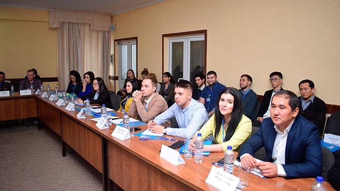 Российские соотечественники Киргизии обсудили форматы работы молодежного движения