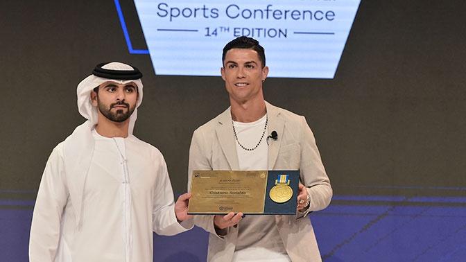 Роналду стал футболистом года по версии Globe Soccer Awards