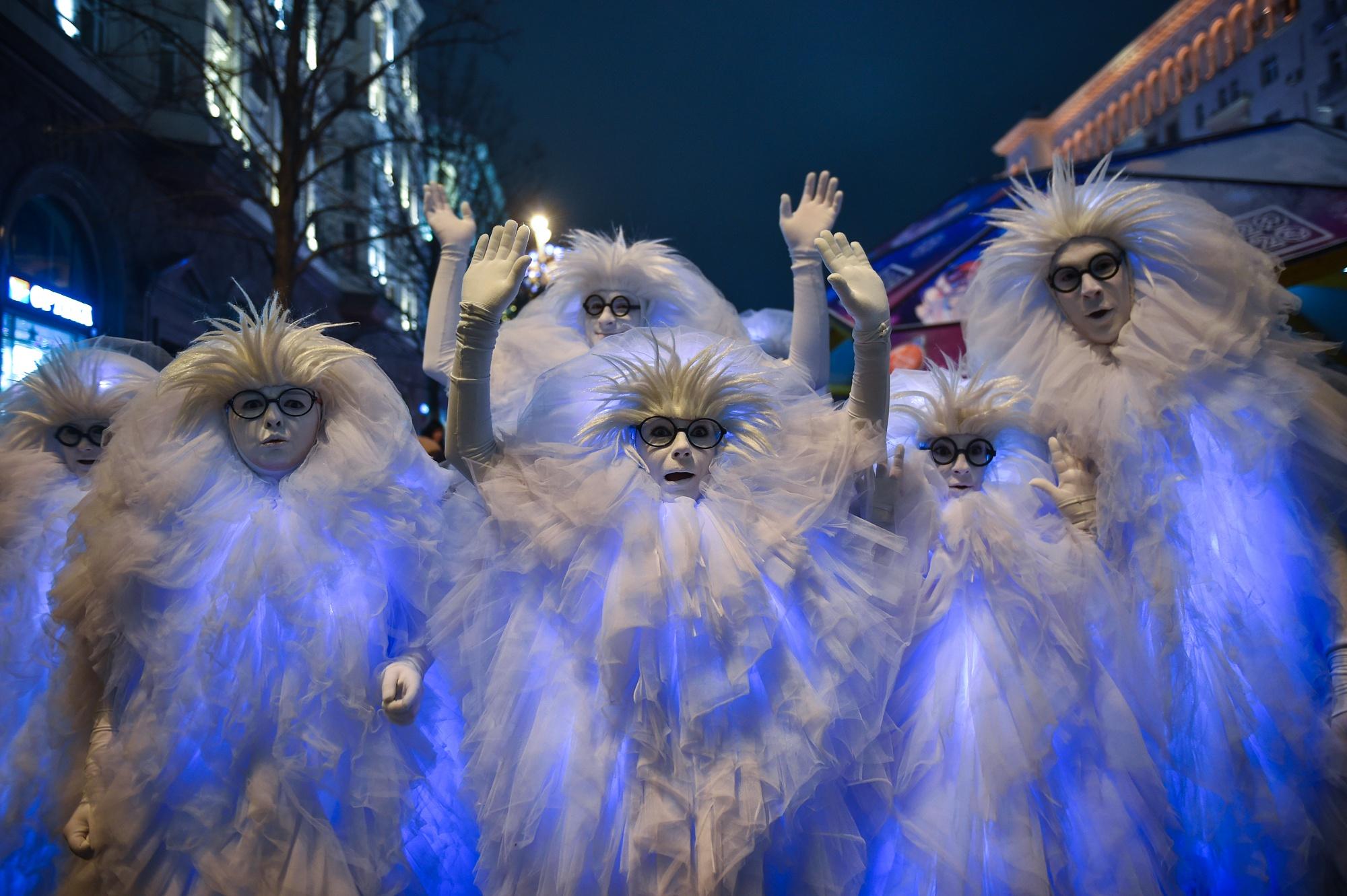 Встречать 2020 год на улицы столицы вышли почти 3 млн человек.