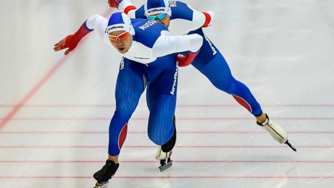 Российские конькобежцы выиграли командный спринт на ЧЕ