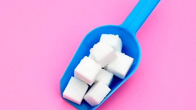 Специалист рассказал о продуктах, провоцирующих онкологию и заболевания сердца