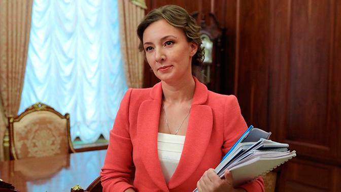 Кузнецова прокомментировала возвращение матери мальчика с вросшей в колени гречкой