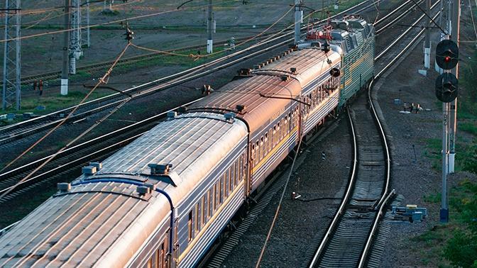 Штрафы за курение и распитие алкоголя в поездах предложили удвоить