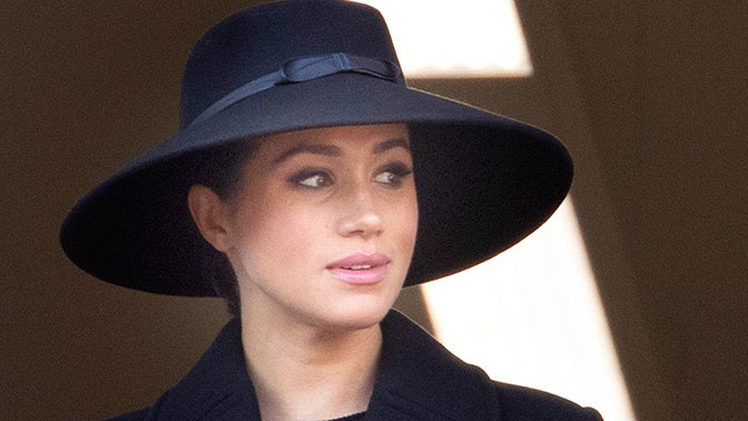 СМИ: Меган Маркл изначально планировала вернуться из Британии домой