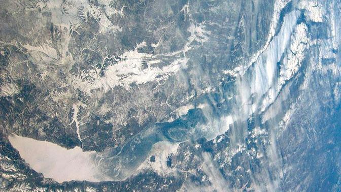 Два землетрясения подряд произошли на Байкале