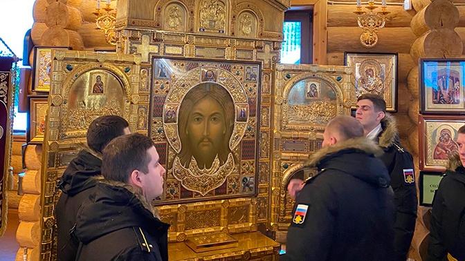 Главная икона Вооруженных Сил РФ прибыла в Трифонов-Печенгский монастырь
