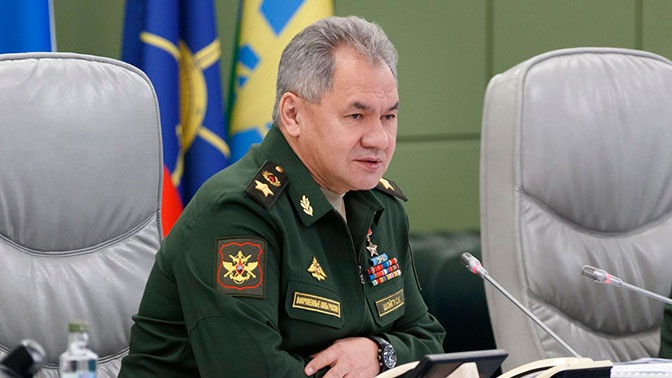 Шойгу поздравил военнослужащих с Днем защитника Отечества