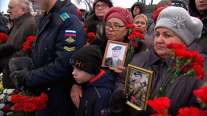 Путин встретился с родственниками погибших в Аргунском ущелье героев 6-й роты