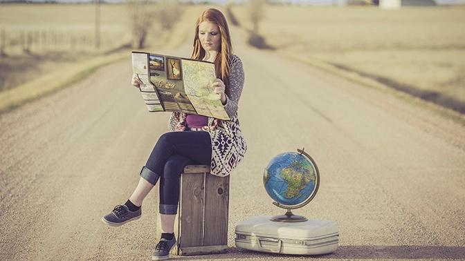 Названы самые популярные у россиян города для путешествий весной