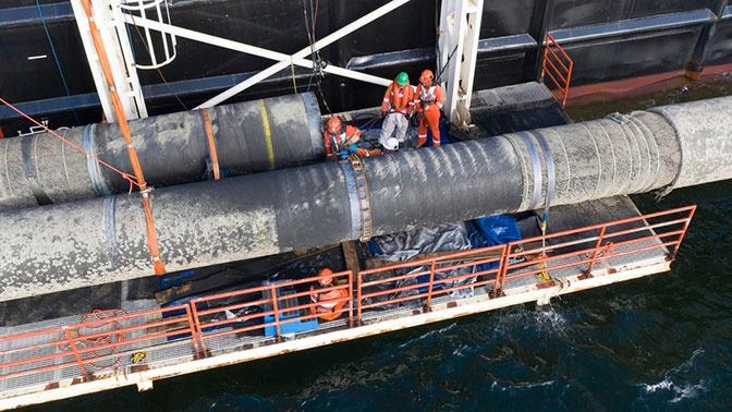 Способное достроить «Северный поток - 2» судно направилось в Мозамбик