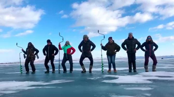 Рыбаки станцевали в поддержку Little Big на Байкале
