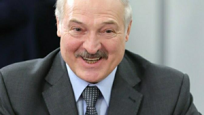 Лукашенко рассказал анекдот о Жириновском и водке