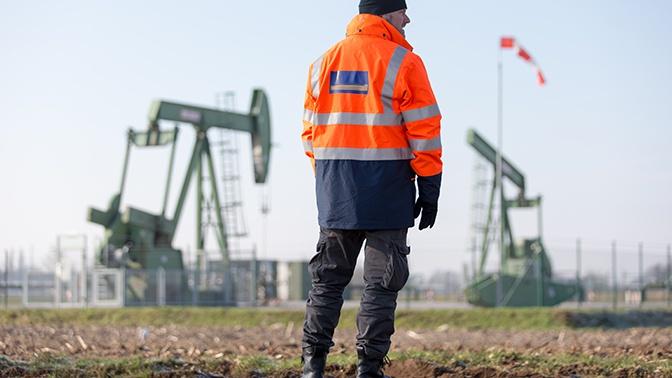 СМИ: США готовят новые санкции против РФ из-за цен на нефть