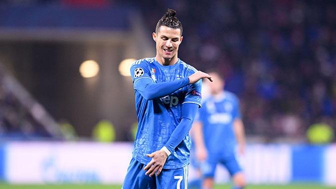 Пеле назвал Роналду лучшим игроком современности