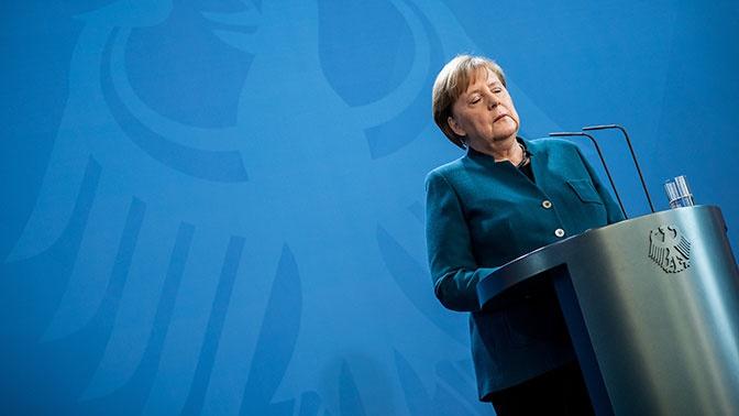 Меркель отправили на карантин после контакта с зараженным