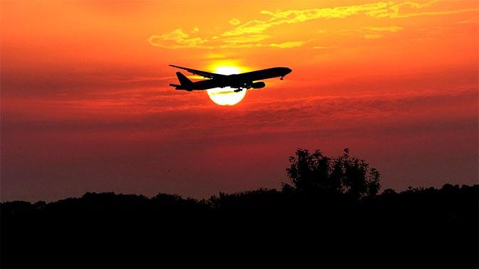 СМИ: «Аэрофлот» вдвое снизил цены на внутрироссийские перелеты