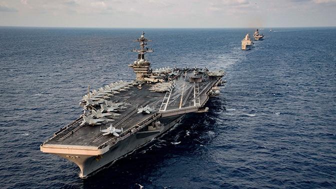 На авианосце ВМС США трое моряков заболели коронавирусом