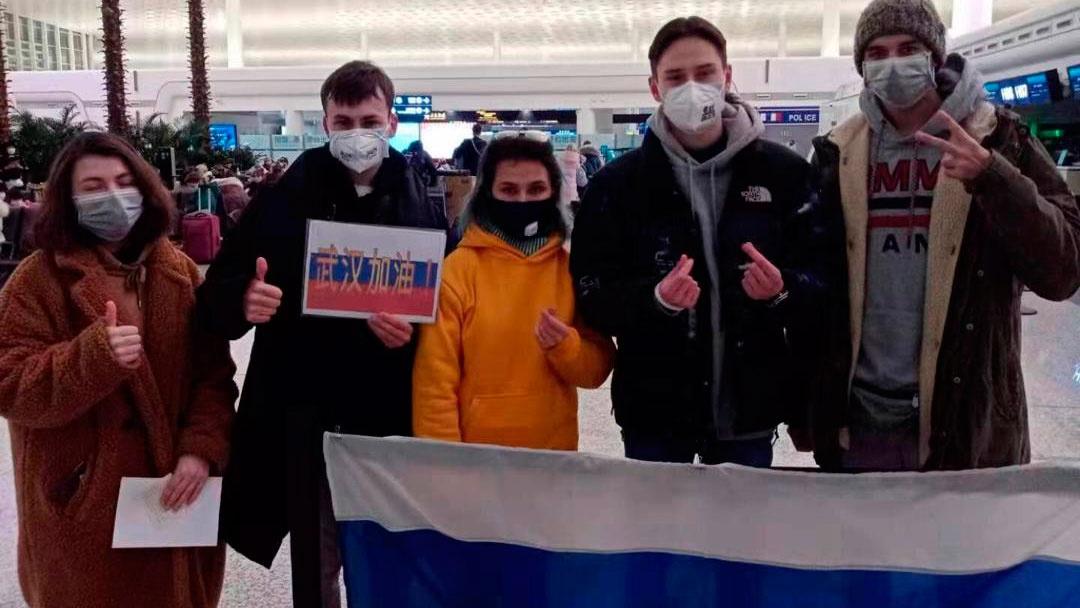 Главы МИД России и ОАЭ обсудили вывоз россиян в связи с коронавирусом
