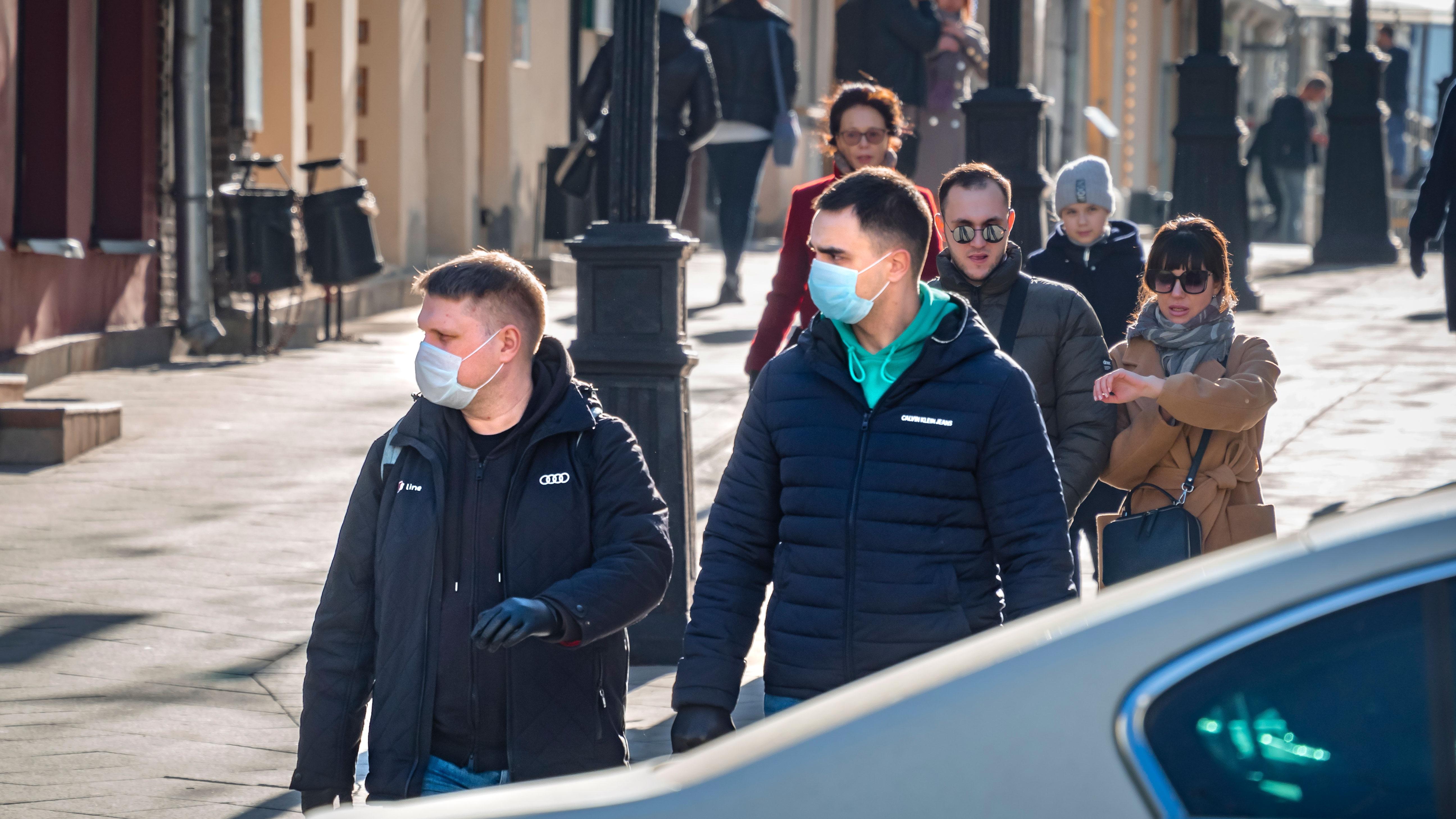 За сутки в 26 регионах РФ зафиксировано 228 случаев коронавируса