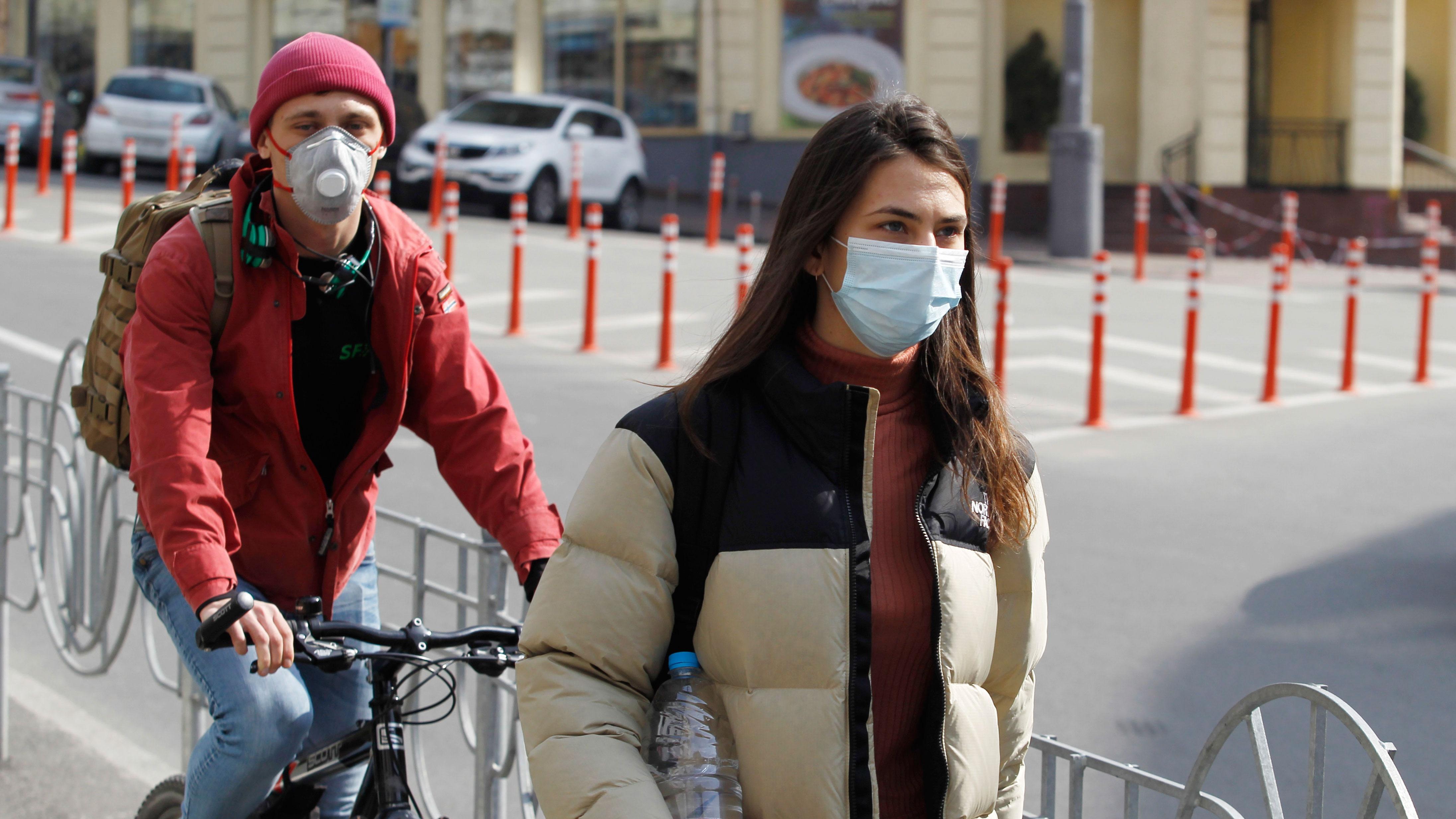 В России не выявлены случаи заражения коронавирусом медиков от пациентов