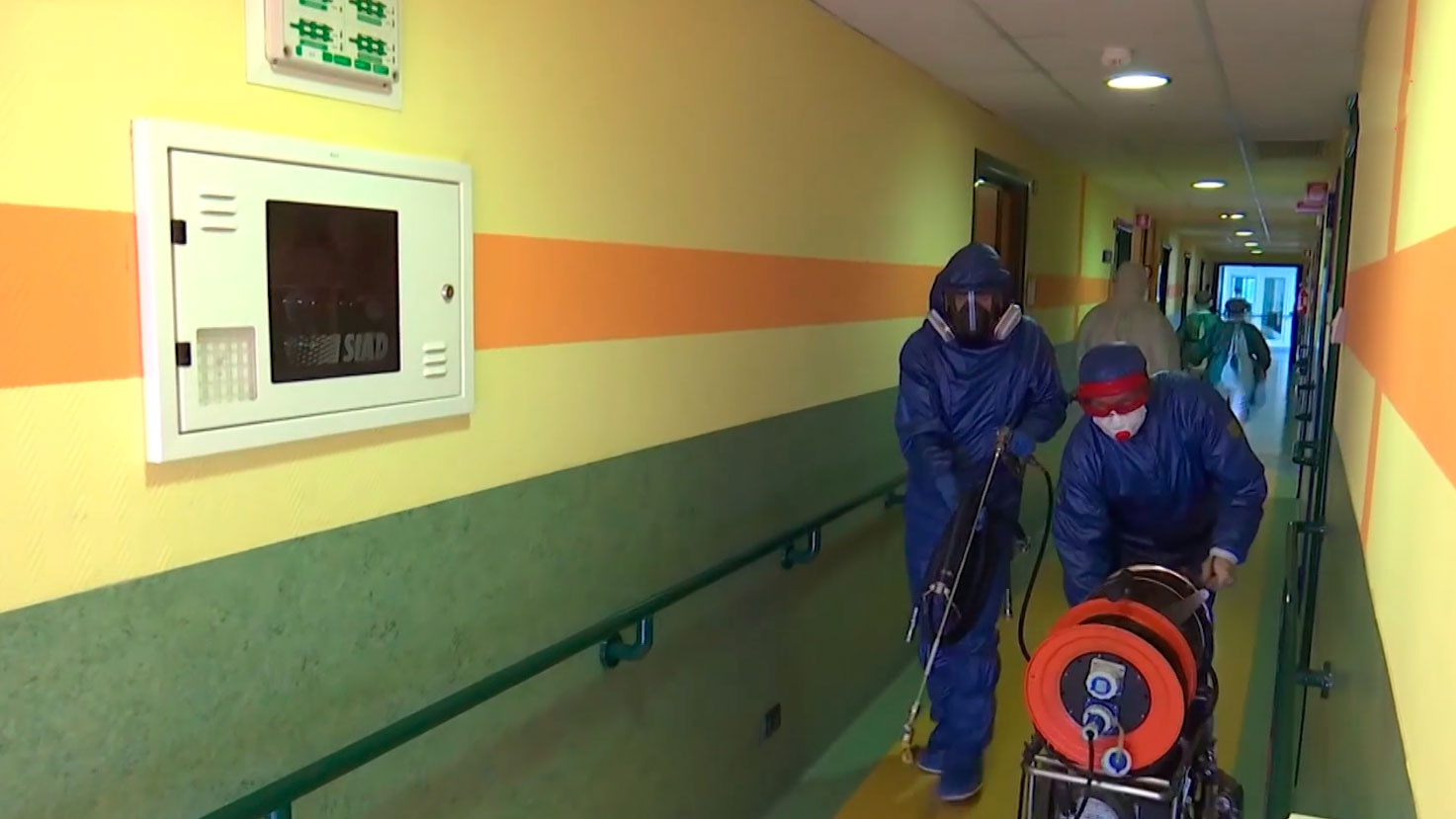 «Самое пекло»: посол в Италии назвал российских вирусологов в Бергамо героями