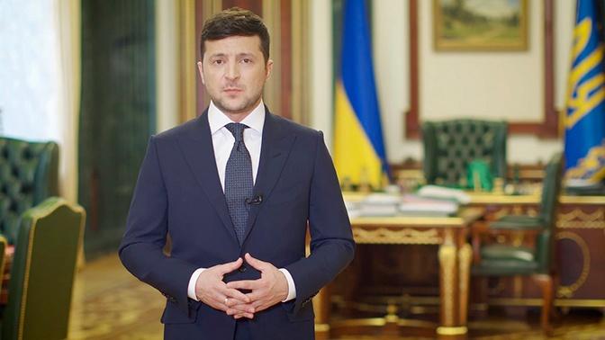 Зеленский заявил о возможном дефолте из-за коронавируса