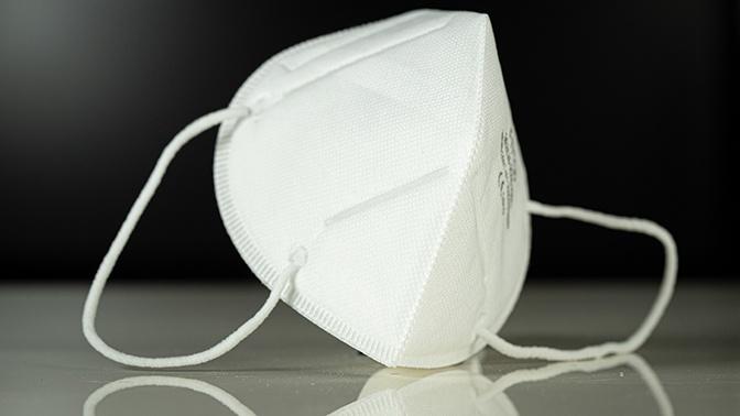 Роспотребнадзор напомнил, как правильно использовать медицинские маски